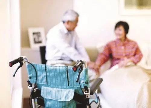 专家解读 围绕积极应对人口老龄化国家战略 助力我国养老服务发展